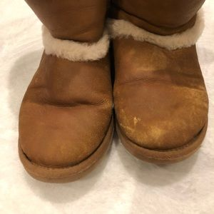 UGG Shoes - UGG | Leather Sherpa Short Boots Sz 6